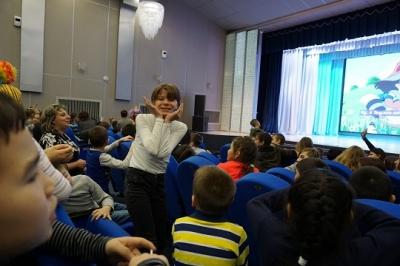 На базе КГБУДО «Камчатский дворец детского творчества» в рамках реализации проекта «Мы вместе» состоялась концертно-игровая программа «Дружба без границ»