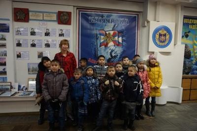 Воспитанники посетили войсковую часть космических войск